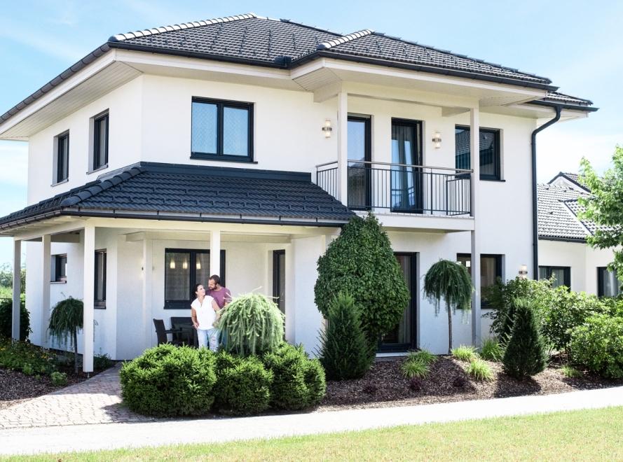 https://haas-fertigbau.at/assets/images/4/haas-fertighaus-grande-138-walmdach__3-07c3f0f4.jpg